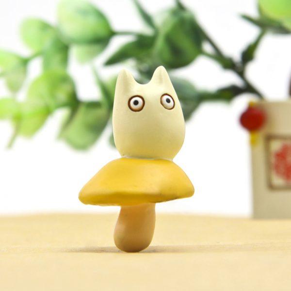 DIY Totoro Standing on Mushroom