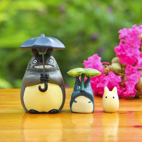 Totoro Lotus Leaf & Umbrella Figurines
