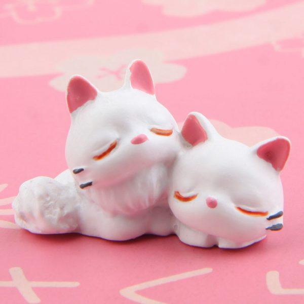 1pcs Black + White JiJi Cat PVC Action Figures Toys