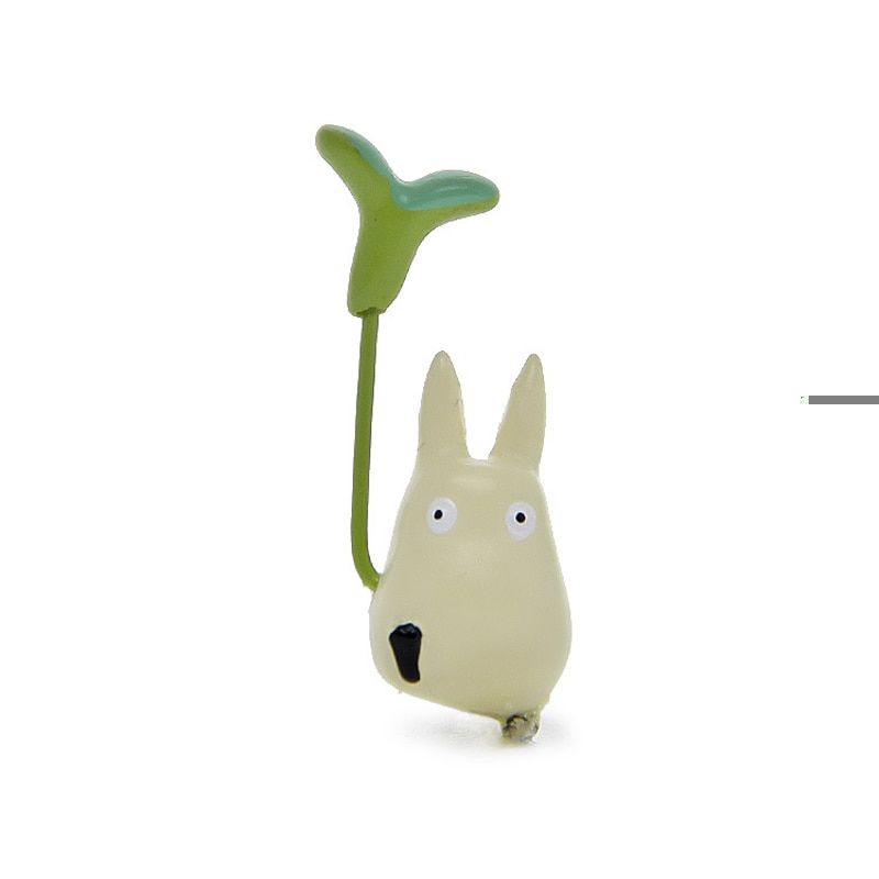 Totoro With Leaf  Figurines Full Set 2021